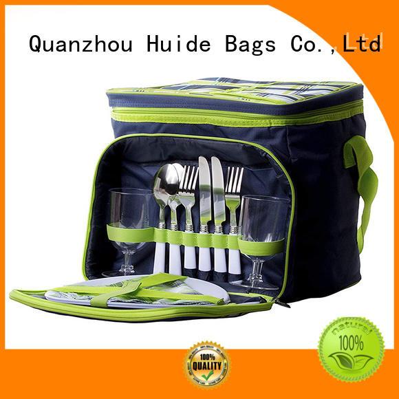 international family picnic backpack function for kids